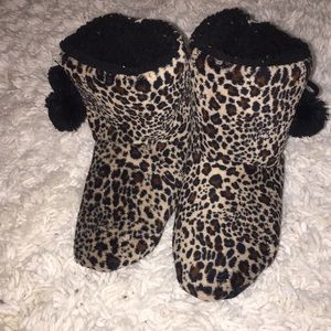 dfca29f140fc8 Women s Slippers At Jcpenney on Poshmark